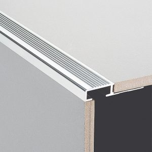 DTA Trim Step Edge Bright Silver