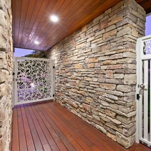 Stacked Ledgestone Cabernet Stone Cladding